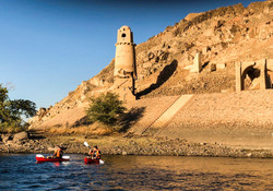 Kayaking in Nubia00001