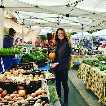 Farmers markets are my jam🌿🍁👩🏻🍳🌳L
