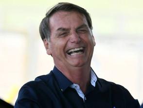 Bolsonaro diz que se o PT ganhar, eles vão plantar maconha no Palácio da Alvorada