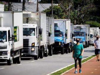 Caminhoneiros prometem greve no dia 1º se governo não baixar diesel