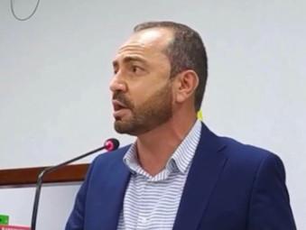 Marcos Piaba cobra da Prefeitura de Jaraguá a aplicação da Data-Base dos servidores
