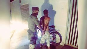 Em Goianésia, PM prende suspeito de tentar matar homem com caco de garrafa