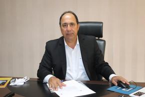 Ex-prefeito de Jaraguá Lineu Olimpio assume a Presidência da CEASA