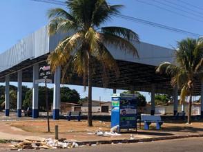 Brasil Construtora suspende coleta de lixo na Feira de Sexta na Praça do Cigano