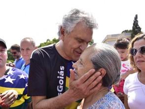 Ronaldo Caiado participa de evento em homenagem ao Dia do Servidor Público