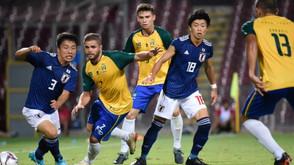 Seleção Brasileira Universitária/Jaraguá perde de 4x1 para o Japão, mas leva a Prata
