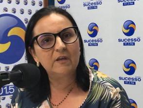 Para tentar evitar greve, Secretária de Educação terá reunião com a Presidente do Sintego