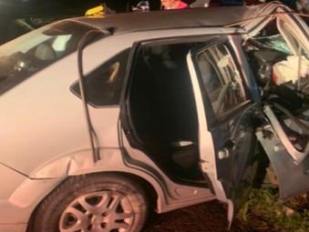 Quatro pessoas ficam feridas em acidente na BR-153 próximo a Rianápolis