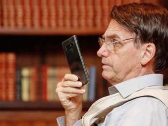 Em áudio Presidente Jair Bolsonaro pede a caminhoneiros para liberar as rodovias