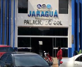 Gestão de Zilomar faz demissão em massa na Prefeitura de Jaraguá após derrota