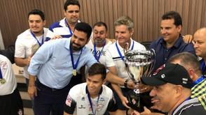 Após ser campeão em campo, Jaraguá recebe da FGF troféu da Divisão de Acesso