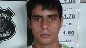 Polícia de Jaraguá prende homem que roubou e ameaçou mãe e a filha de três anos em sua casa