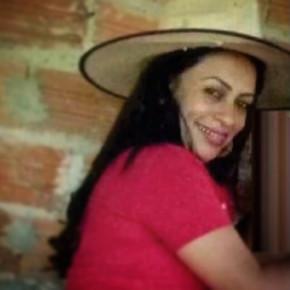Mulher é encontrada degolada em sua residência em Carmo do Rio Verde