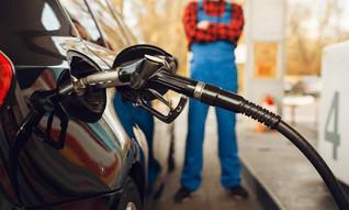Preço da gasolina sobe pela 8ª semana e segue acima dos 6 reais, aponta ANP