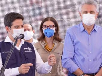 Após recuo do Ministério da Saúde, Goiás mantém vacinação de adolescentes