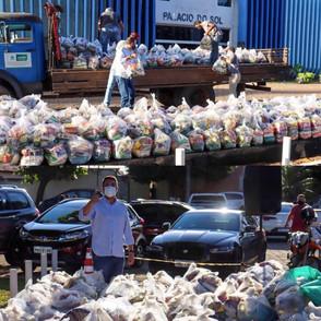 Paulo Vitor ganha 700 cestas de presente de aniversário e repassará a projeto social