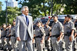 Governador Ronaldo Caiado determina vacinação de policiais e bombeiros
