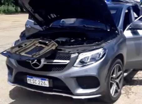 PFR apreende em Uruaçu Mercedes com mercadorias avaliadas em 400 mil
