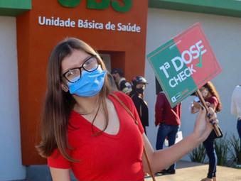 Jovens de 16 e 17 anos já podem se vacinar contra a Covid em Jaraguá