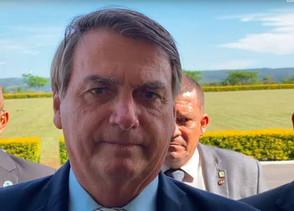Após sentir dores, Bolsonaro é internado no Hospital das Forças Armadas