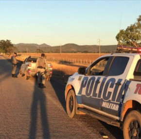 Em Pirenópolis, Polícia Rodoviaria prende motorista armado na GO-431