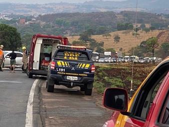 Duas pessoas ficam feridas após acidente na BR-153 próximo a Rialma
