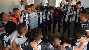 Vitória sobre o Goiânia e combinação de resultados livram o Jaraguá E. Clube da 3ª Divisão