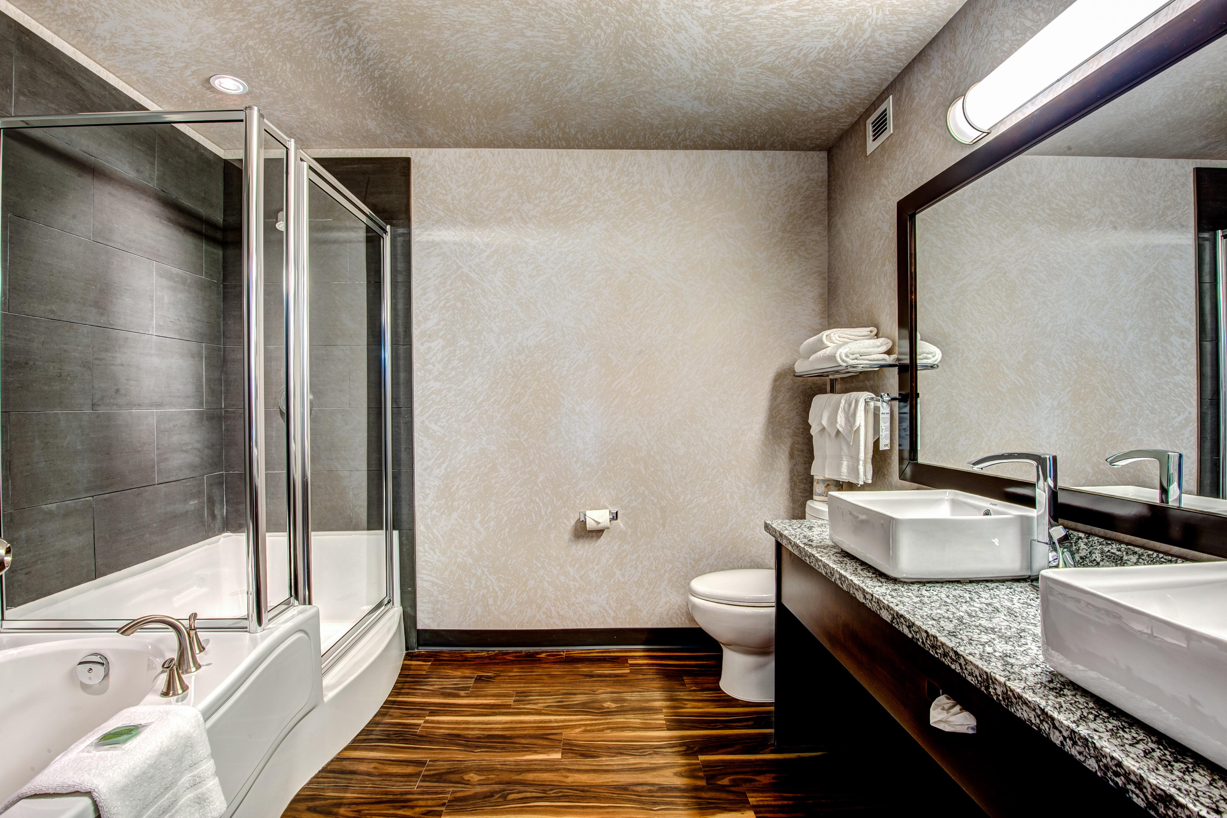 Signature Bathroom 1.jpg