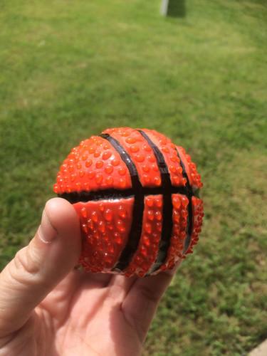 I love this glass basketball