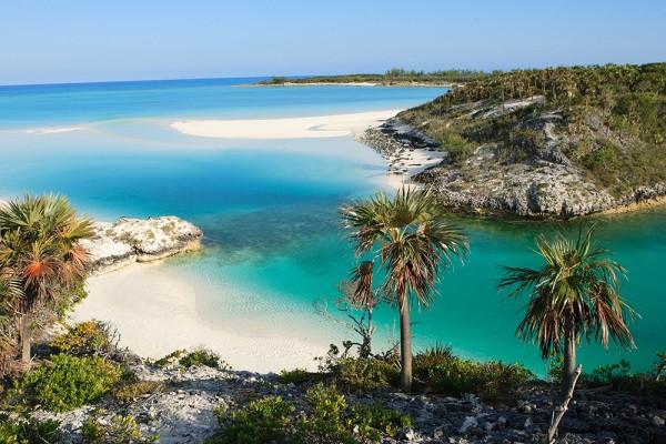 caribbean-yacht-charter-escape-bahamas-s