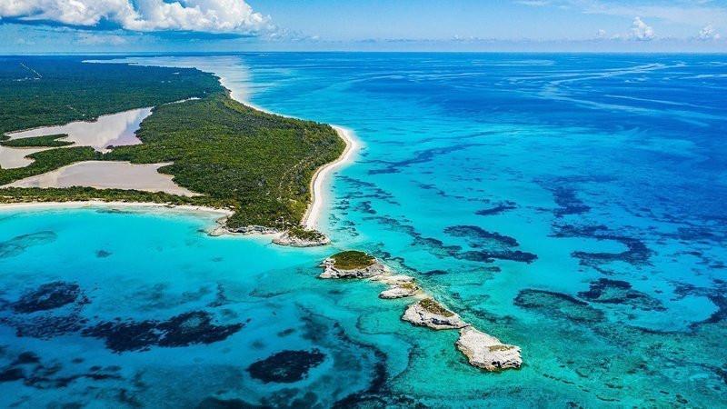 Bahamas waters.jpg