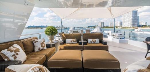 LOON-yacht--2.jpeg
