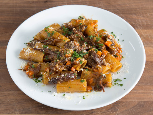 turning LEFTOVER SHORT RIBS into DELICIOUS PASTA