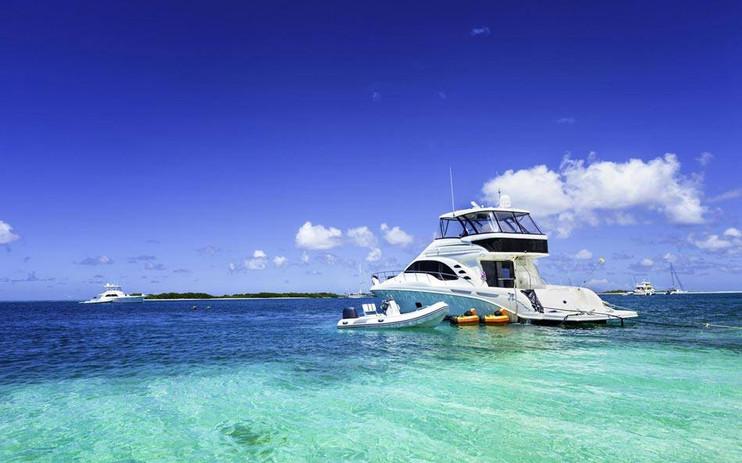 Nassau boating.jpg