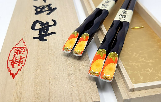 bacchette giapponesi laccate con kiku