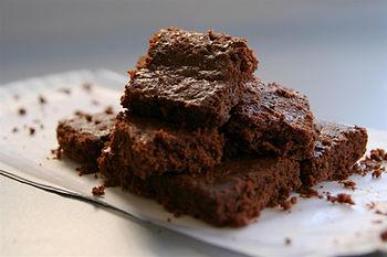 gluten free CHOCOLATE HAZLENUT BROWNIES