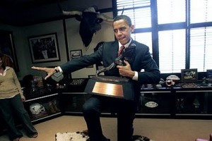 obama-heisman-pose