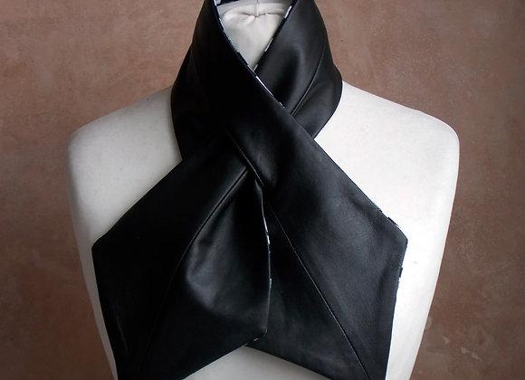 Cross Ova Tie - Black and Kente
