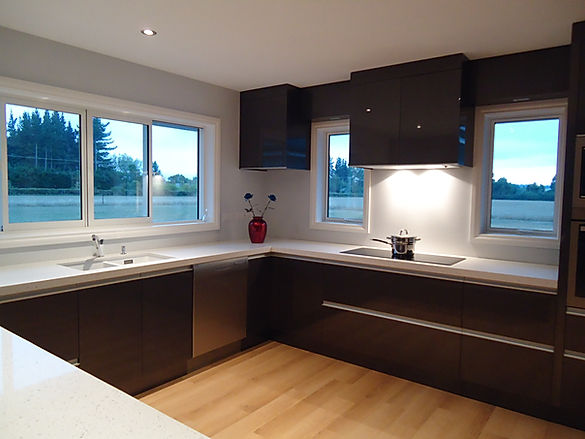 Christchurch Kitchen High Gloss Lacquer Caesarstone Bench Top