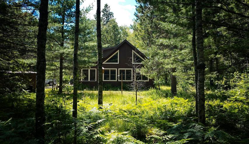 Mio Cabin Front