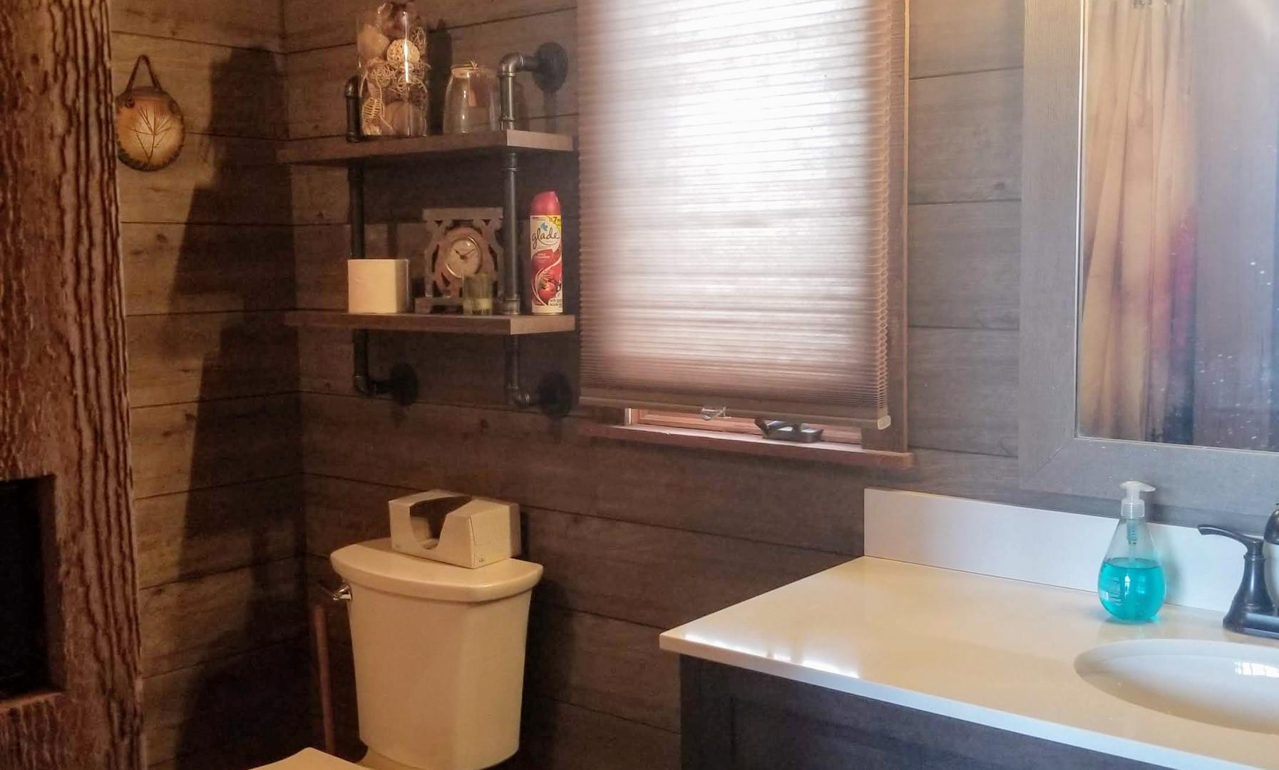 main floor bathroom 2.jpg
