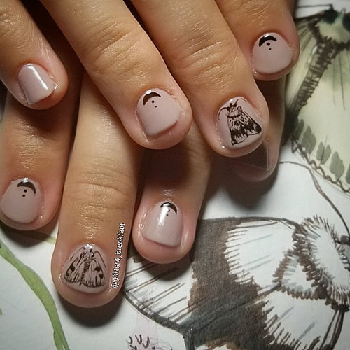 Replicated my sister's art on her nails.