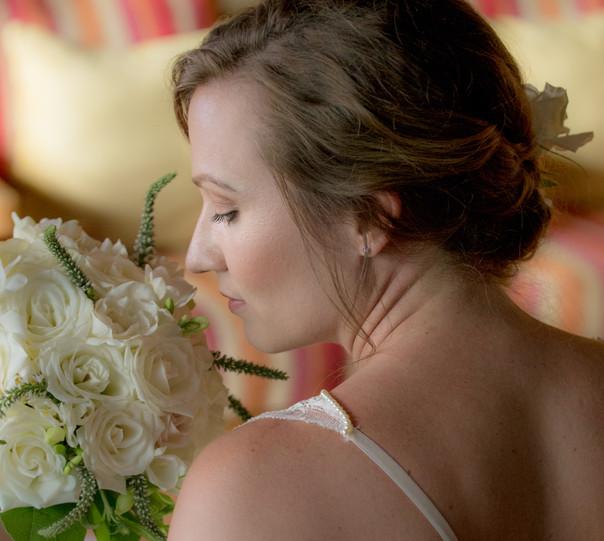 Serene bride, quiet moment