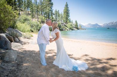 Beach wedding photography in Lake Tahoe