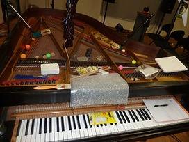 piano préparé 2.jpg