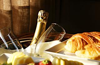 Luxe ontbijt bij Bed & Breakfast Logeren in Laarbeek