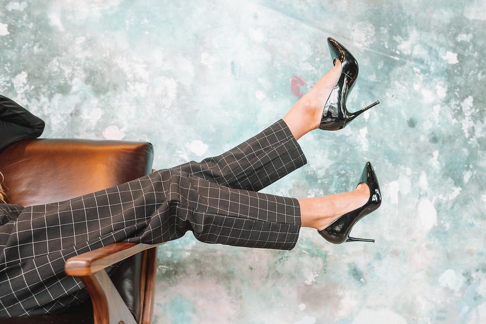 girls resting wearing high heels