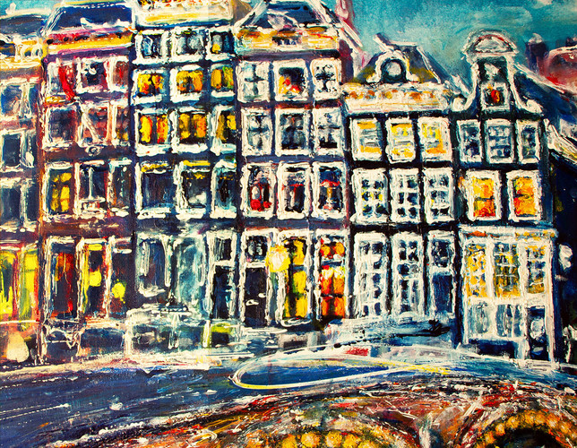 THREE TIMES AMSTERDAM close-up