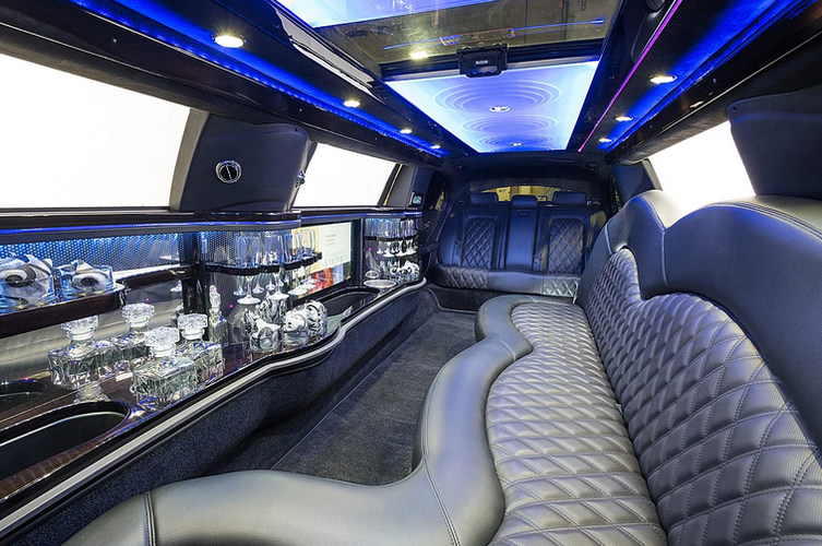 MKT-stretch-limo-interior-1.png