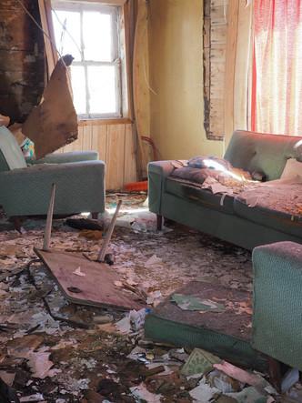 15.Abandoned house 2 copy.jpg